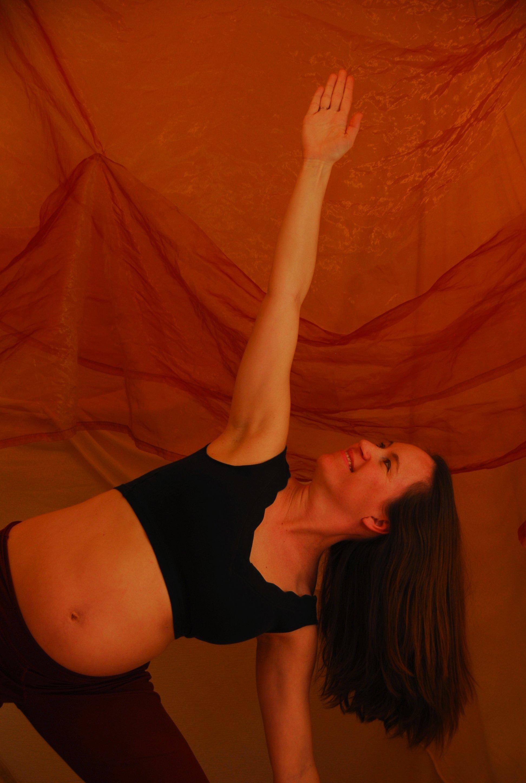 prenatal-yoga-pics-anne-099